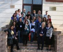 Visite de l'école de Iasi avec Elise Moukawane, coordinatrice française, novembre 2014