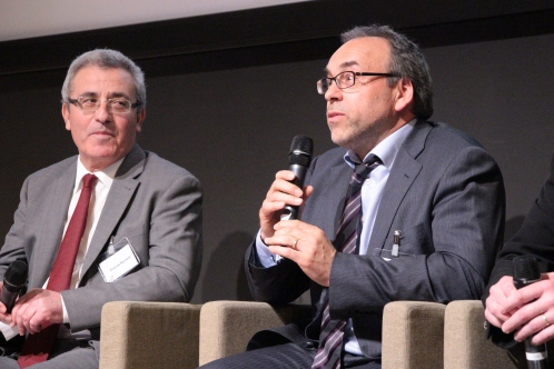 Monsieur Evarist Bartolo, minsitre de l'Education et de l'Emploi à Malte et monsieur Thomas Debrux, directeur d'école à Charleroi